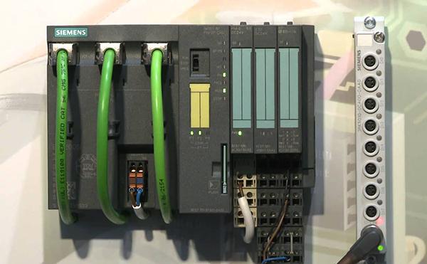 Bộ lập trình PLC Siemens S7-1200 Controller CPU 1215C