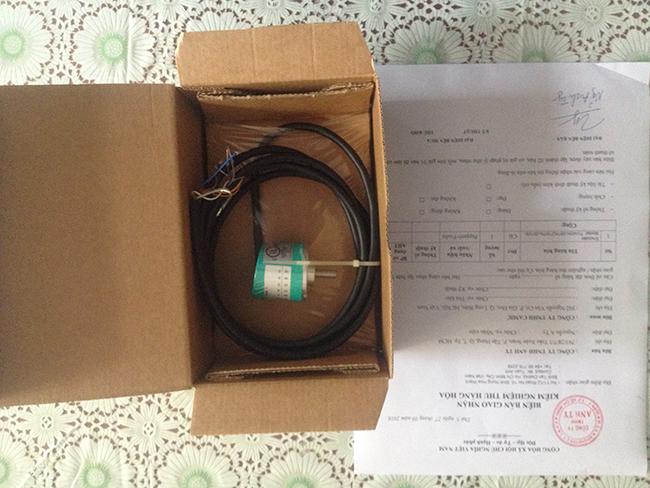 Hình thực tế 02 Bộ mã hóa vòng quay tương đối Incremental encoders - Pepperl-Fuchs - TVI40N-14TK2T6TN-00100