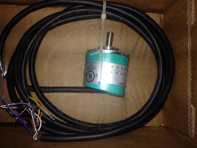 Hình thực tế 03 Bộ mã hóa vòng quay tương đối Incremental encoders - Pepperl-Fuchs - TVI40N-14TK2T6TN-00100