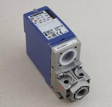 03 Cảm biến áp suất cơ-điện cho mạch điều khiển - Schneider - OsiSense XM XMLA020A2S11