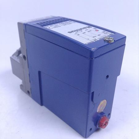 04 Cảm biến áp suất cơ-điện cho mạch điều khiển - Schneider - OsiSense XM XMLA020A2S11