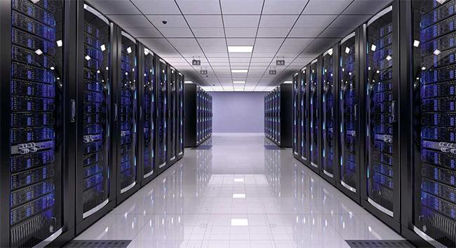 Trung tâm dữ liệu với một hệ thống cung cấp điện DC với các đặc tính nguồn tuyến tính