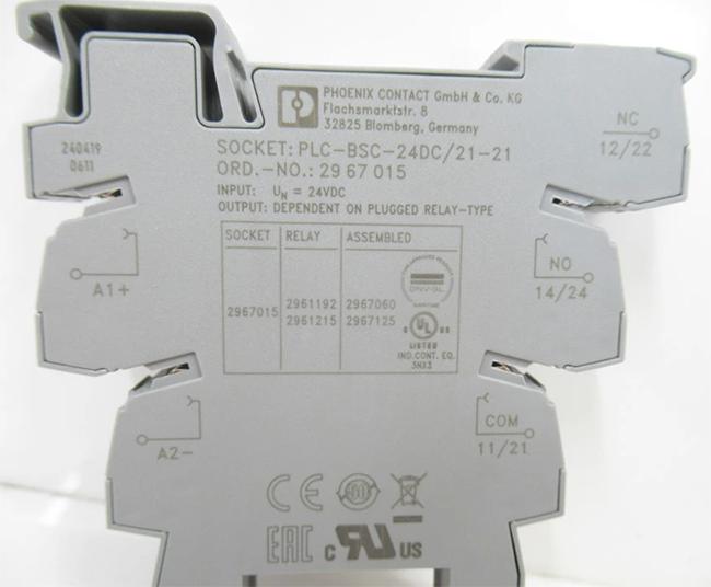Phoenix Contact PLC-BSC- 24DC/21-21 2967015: Đế rơ le 8 chân, 2 cặp tiếp điểm (2 PDTs); dùng cho sigle relay REL-MR-24DC/21-21AU (2961215) và single relay REL-MR-24DC/21-21 (2961192)